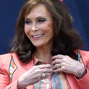 Loretta Lynn Net Worth