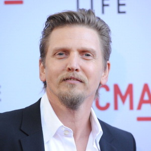 Barry Pepper Net Worth