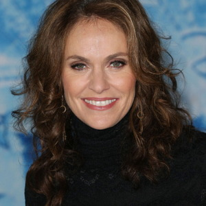 Amy Brenneman Net Worth