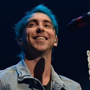 Alex Gaskarth Net Worth