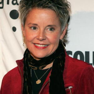 Amanda Bearse Net Worth