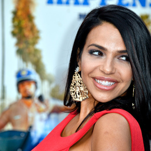 Vida Guerra Net Worth
