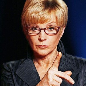 Anne Robinson Net Worth