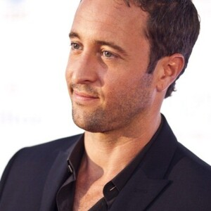 Alex O'Loughlin Net Worth