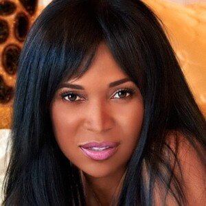 Marlo Hampton Net Worth