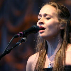 Fiona Apple Net Worth