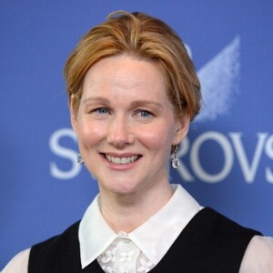 Laura Linney Net Worth