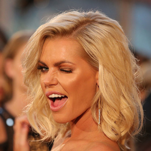 Sophie Monk Net Worth