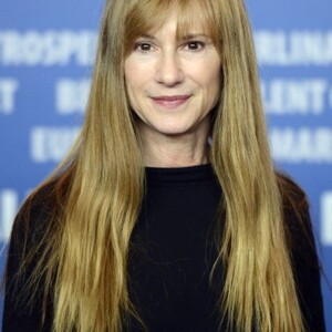 Holly Hunter Net Worth