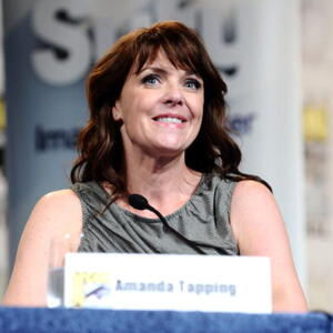 Amanda Tapping Net Worth