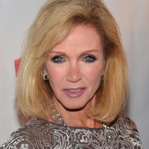 Donna Mills Net Worth