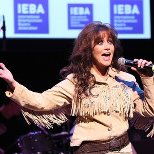 Louise Mandrell Net Worth