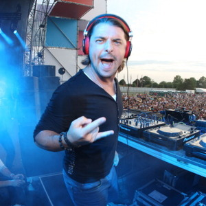 Axwell Net Worth