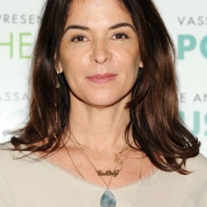 Annabella Sciorra Net Worth