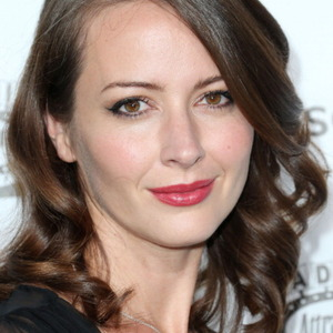 Amy Acker Net Worth