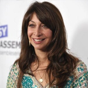 Illeana Douglas Net Worth