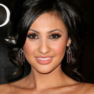 Francia Raisa Net Worth