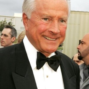 Lyle Waggoner Net Worth