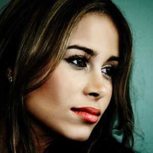 Zulay Henao Net Worth