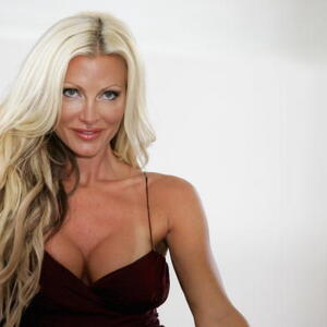Caprice Bourret Net Worth