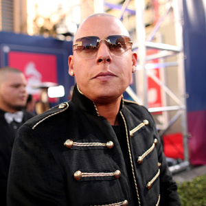 Cosculluela Net Worth