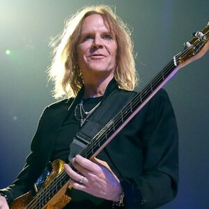 Tom Hamilton Net Worth