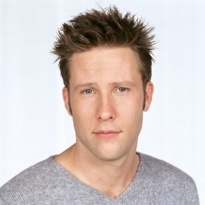 Michael Rosenbaum Net Worth