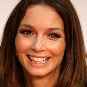 Ricki-Lee Coulter Net Worth