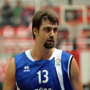 Mehmet Okur Net Worth
