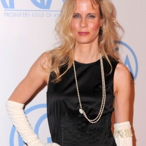 Lori Singer Net Worth