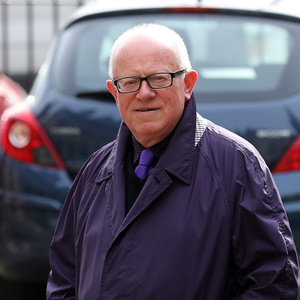 Ken Morley Net Worth