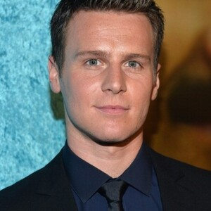 Jonathan Groff Net Worth