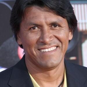 Claudio Suárez Net Worth