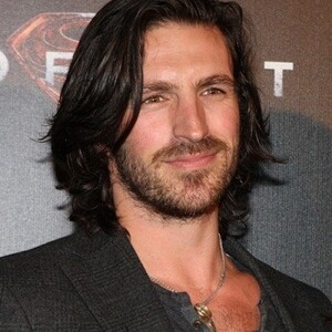 Eoin Macken Net Worth