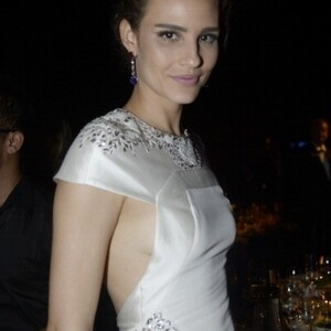 Fernanda Tavares Net Worth