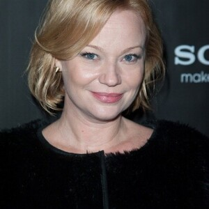 Samantha Mathis Net Worth