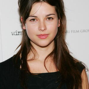 Amelia Warner Net Worth