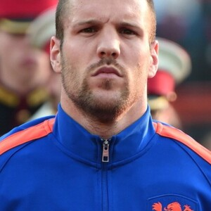 Ron Vlaar Net Worth