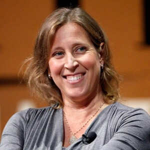 Photo of Anne Wojcicki  & her Sister  Susan Wojcicki