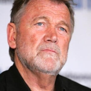 Bo Svenson Net Worth