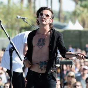 Matthew Healy Net Worth