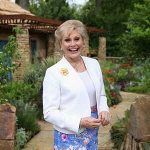 Angela Rippon Net Worth