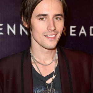 Reeve Carney Net Worth