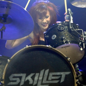 Jen Ledger Net Worth