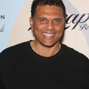 Reggie Theus Net Worth