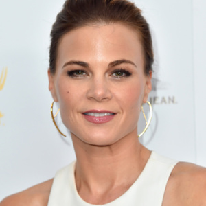 Gina Tognoni Net Worth