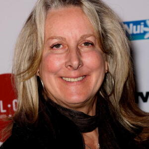 Betty Thomas Net Worth