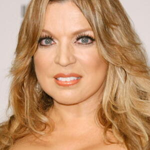 Ednita Nazario Net Worth