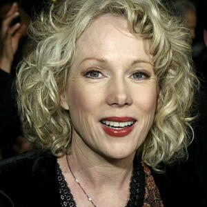 Julia Duffy Net Worth