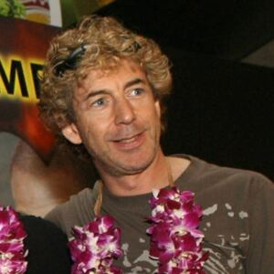 Simon Phillips Net Worth